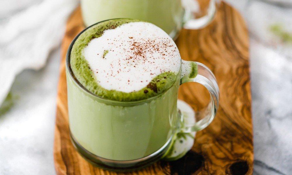 зелений лате