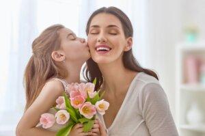 привітання з днем матері
