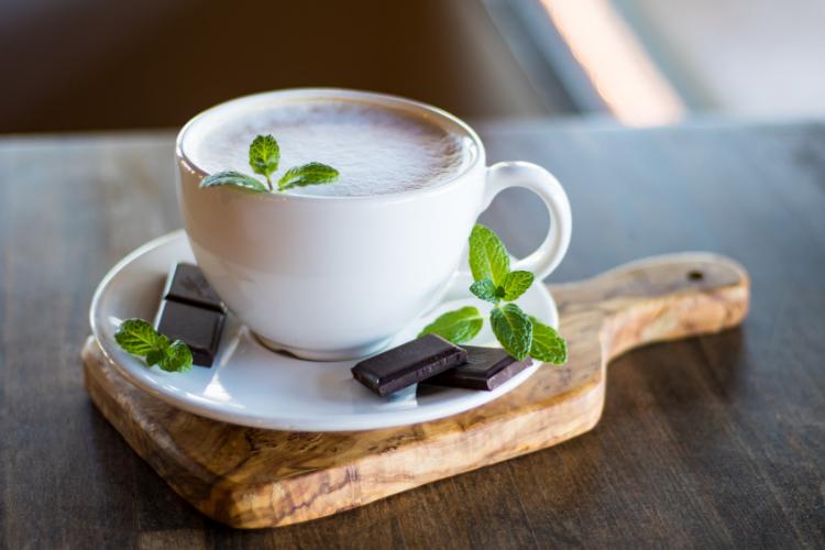 кава, шоколад, м'ята
