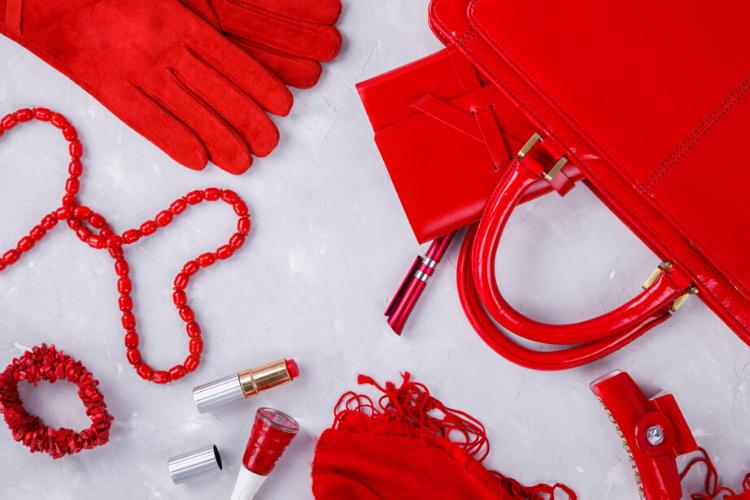 психологія моди, аксесуари, сумочка, червона помада