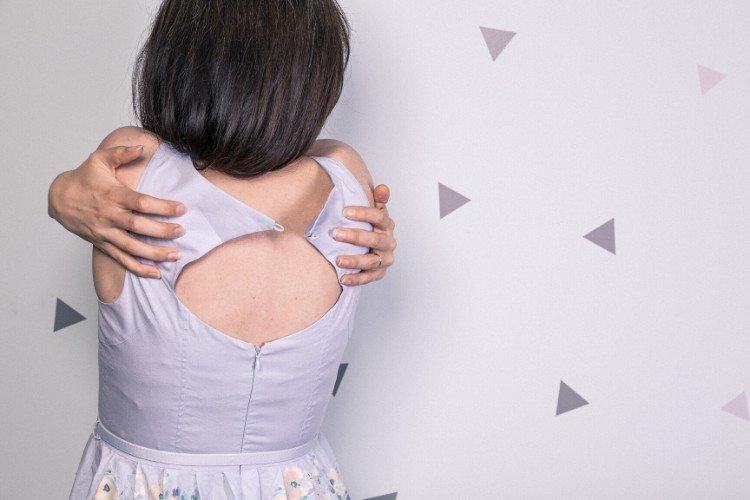 жінка, спина