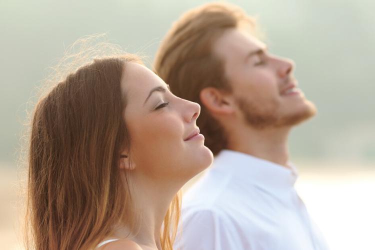 мужчина, жінка, дихання, як зміцнити легені